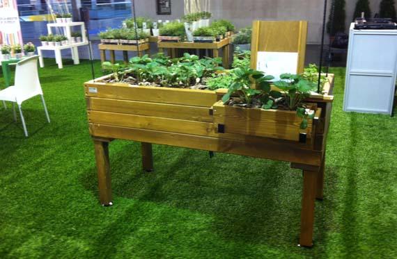 Mesa de cultivo para personas con movilidad reducida - Mesa para huerto urbano ...