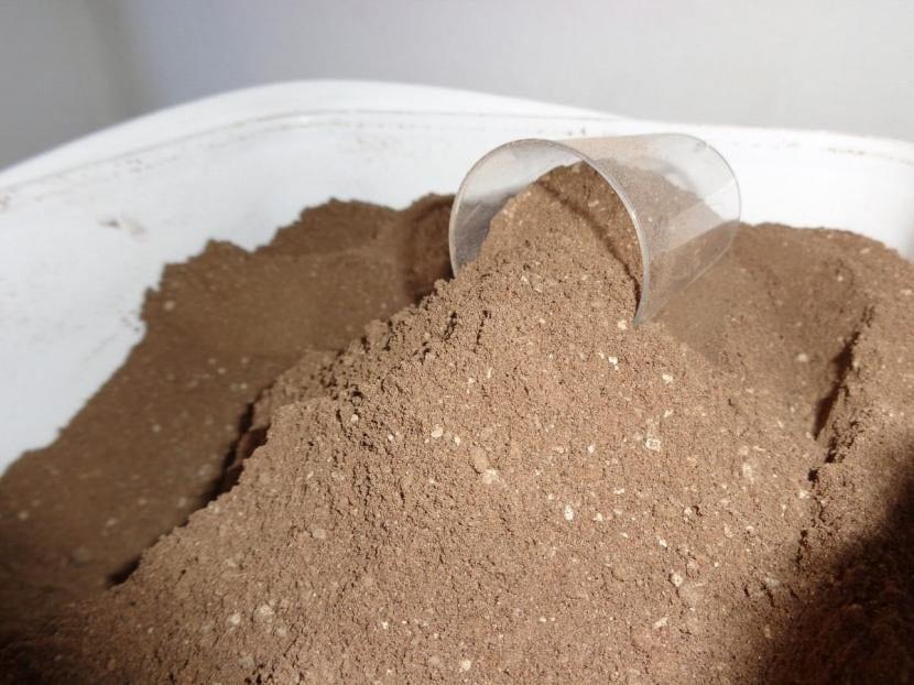 Guano de murciélago en polvo, ideal para tu cola de caballo