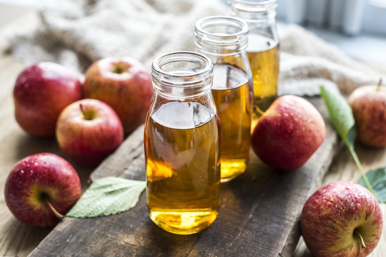 El vinagre de manzana es excelente como enraizante