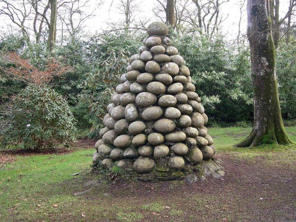 Pirámide de piedras