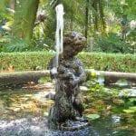 Escultura de estanque