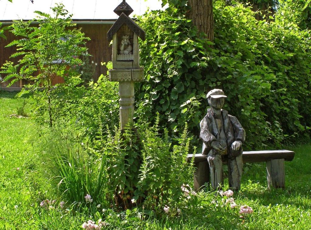Escultura en banco