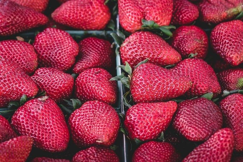 las fresas este tipo de verduras son tipicas en junio