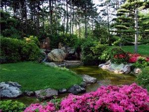 Jardín diseñado al estilo japonés