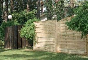 Panel de madera para jardín