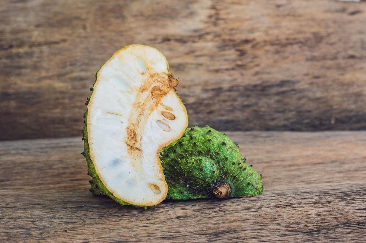 La guanabana es una fruta deliciosa