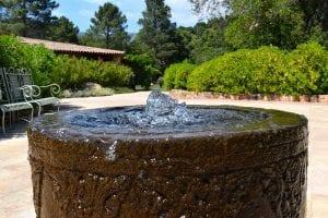 fuentes ecologicas y decorativas para tu jardin