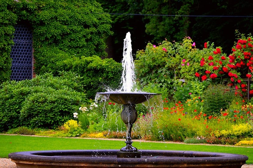 es una de las mejores maneras para poder lograr que nuestro jardín tenga vida