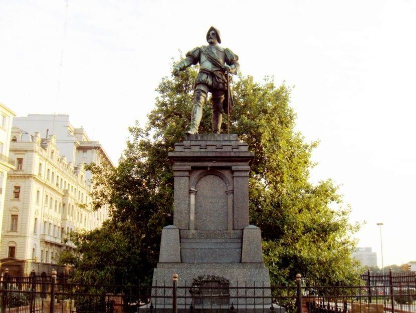 Monumento a Juan de Garay en Buenos Aires (Argentina)