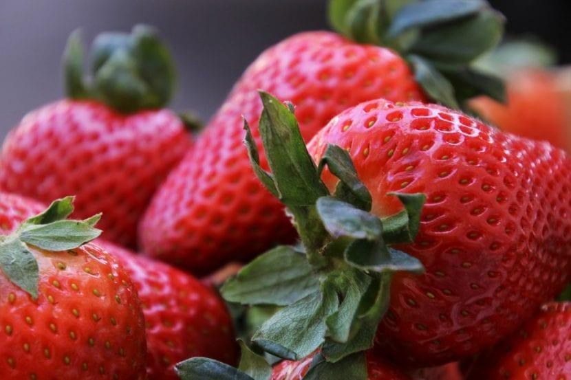 Las fresas son frutos rojos
