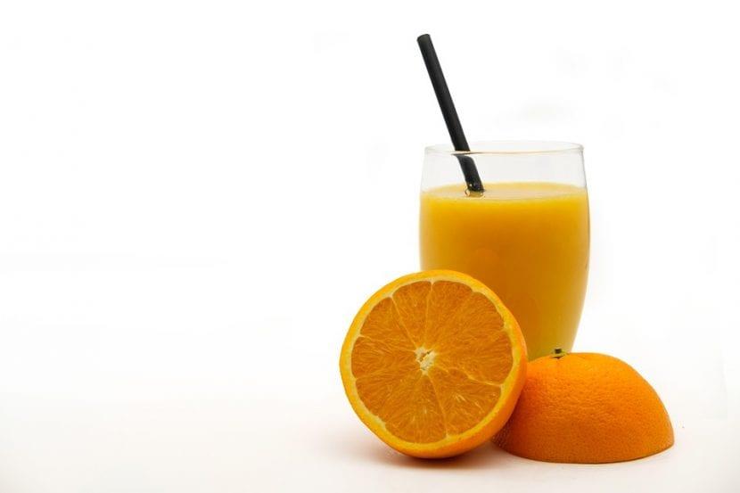 La naranja se puede consumir en bebida