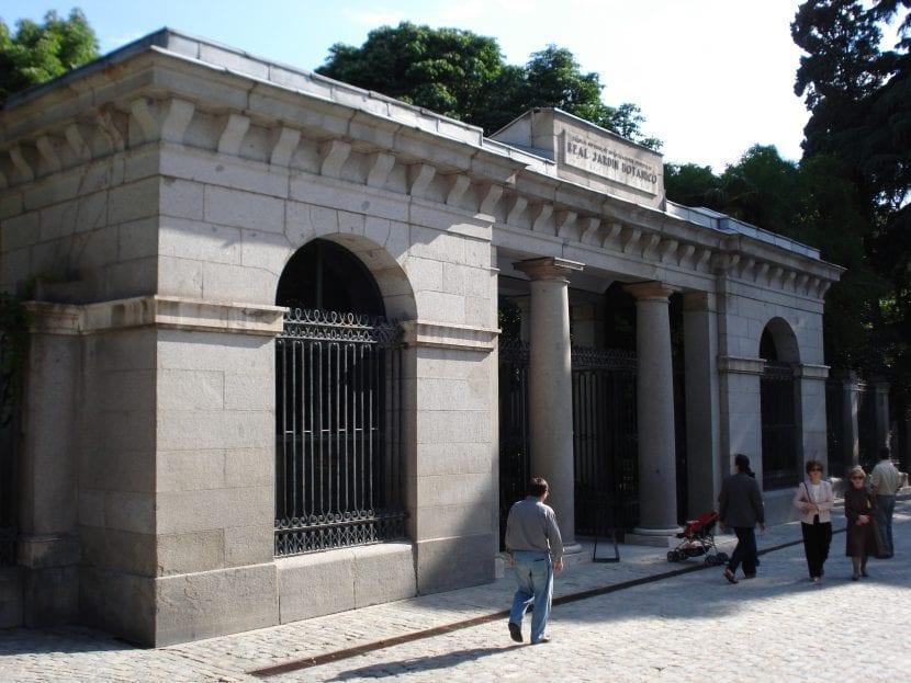 Vista de la entrada al Real Jardín Botánico de Madrid