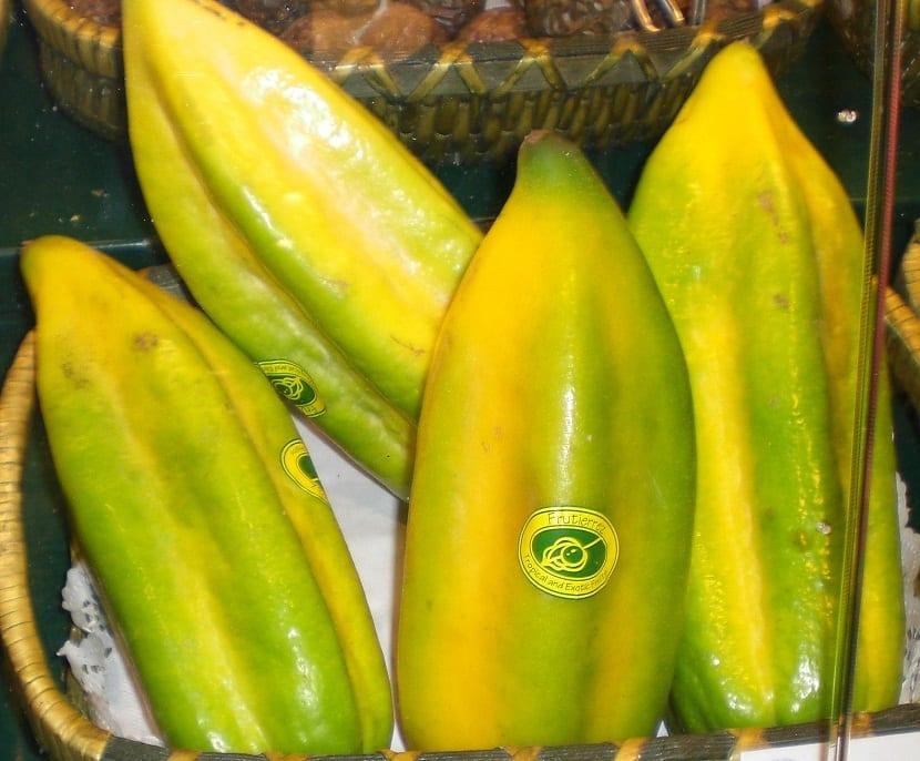 futa de un color amarillento llamado Babaco