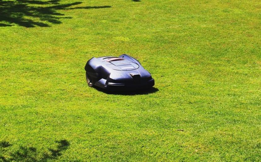El robot cortacésped es ideal para jardines