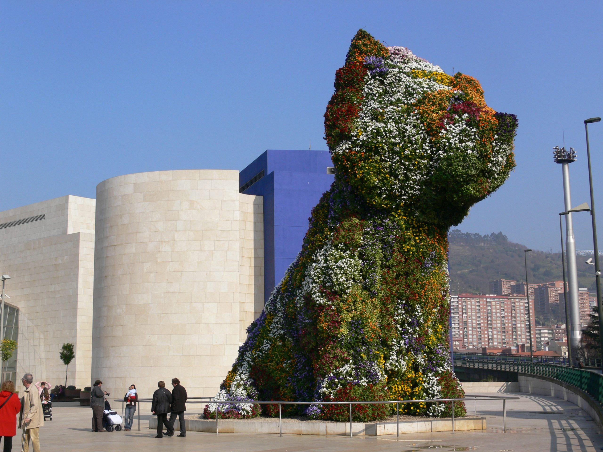 Un perro en topiario del Museo de Guggenheim