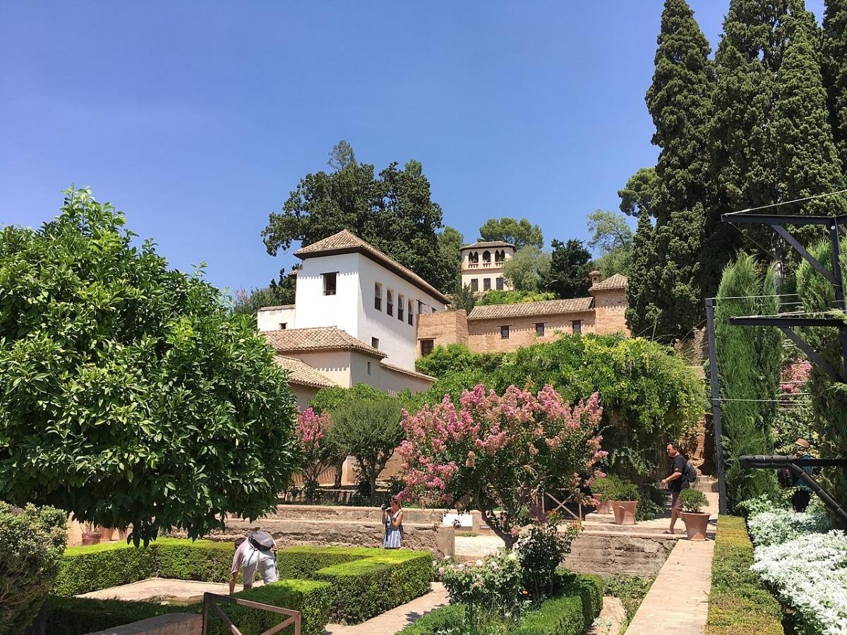 El Generalife es un jardín que se encuentra en Granada