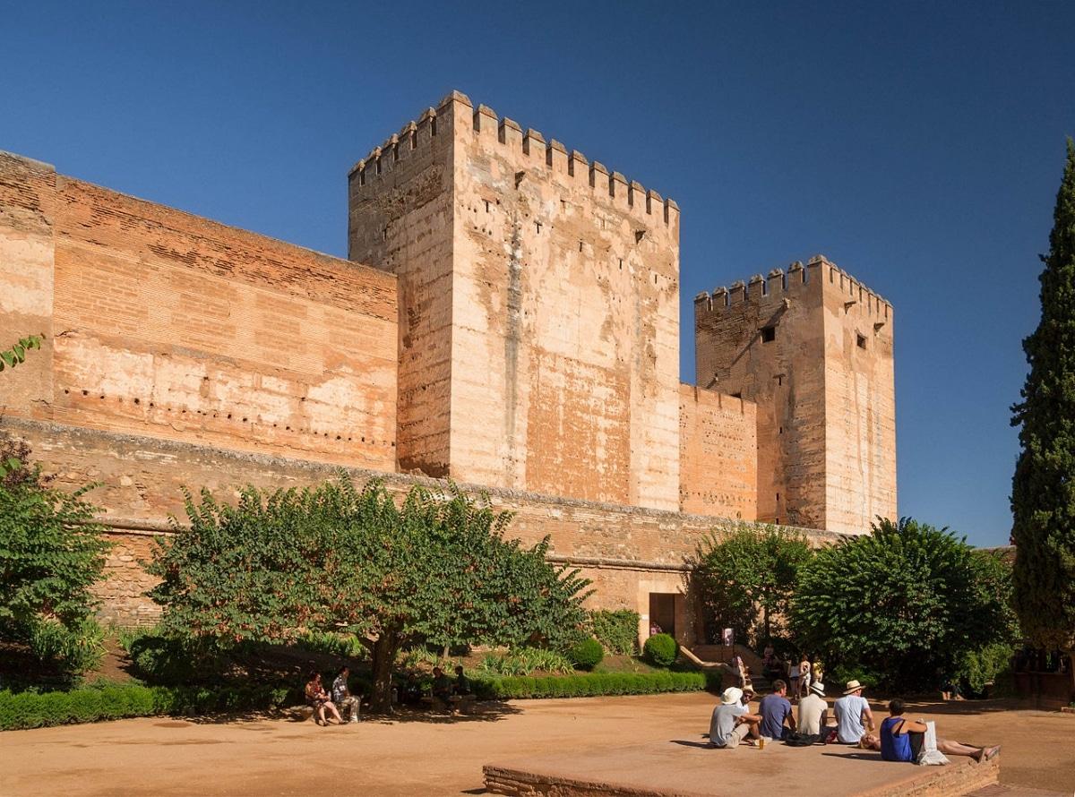 La Alcazaba es uno de los jardines de la Alhambra