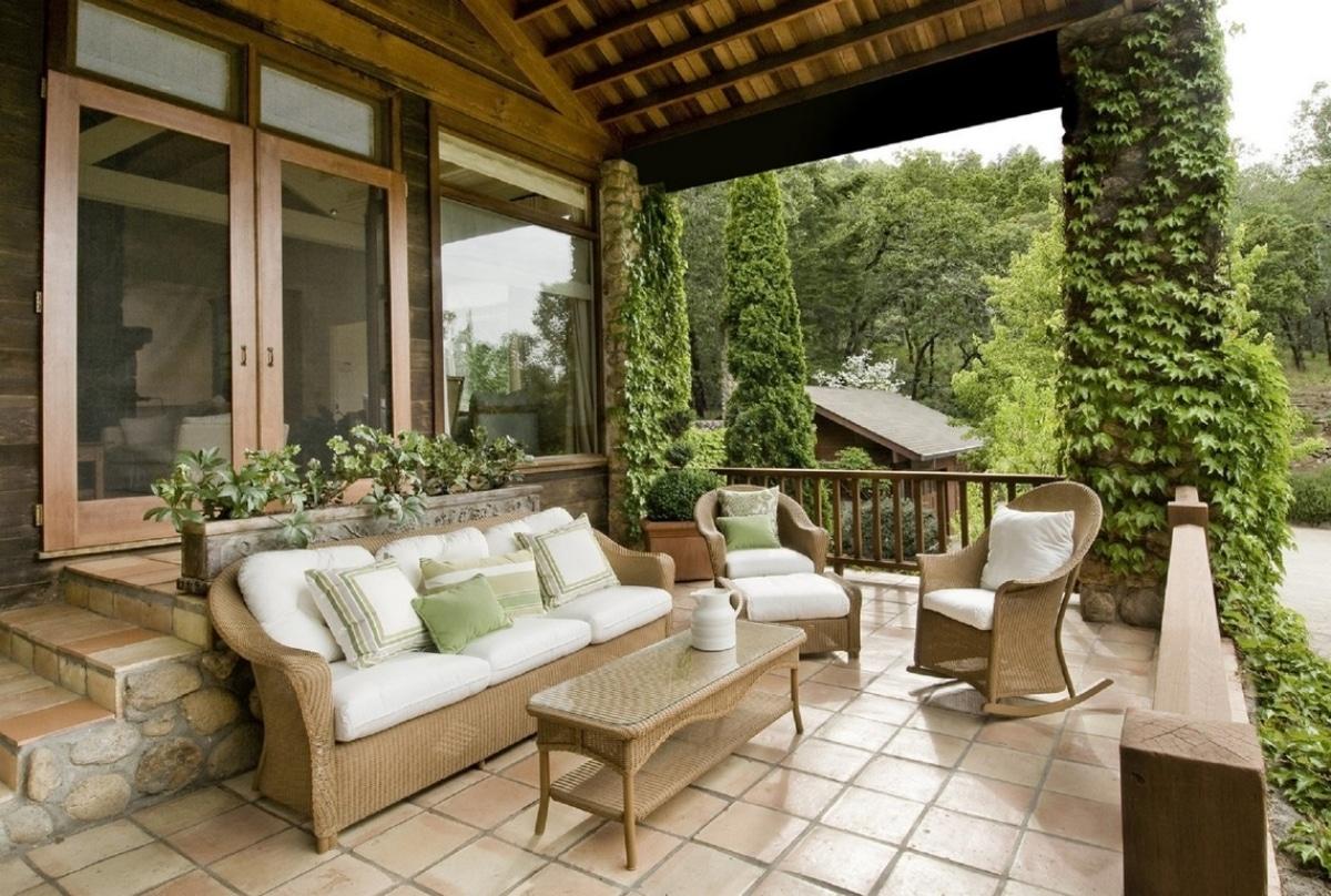 Un comedor de jardín tiene que ser decorativo, además de funcional